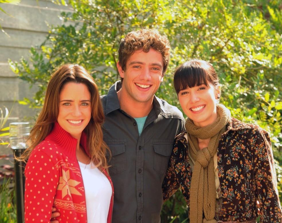 Ana, Rodrigo e Manuela em 'A Vida da Gente'  — Foto: TV Liberal