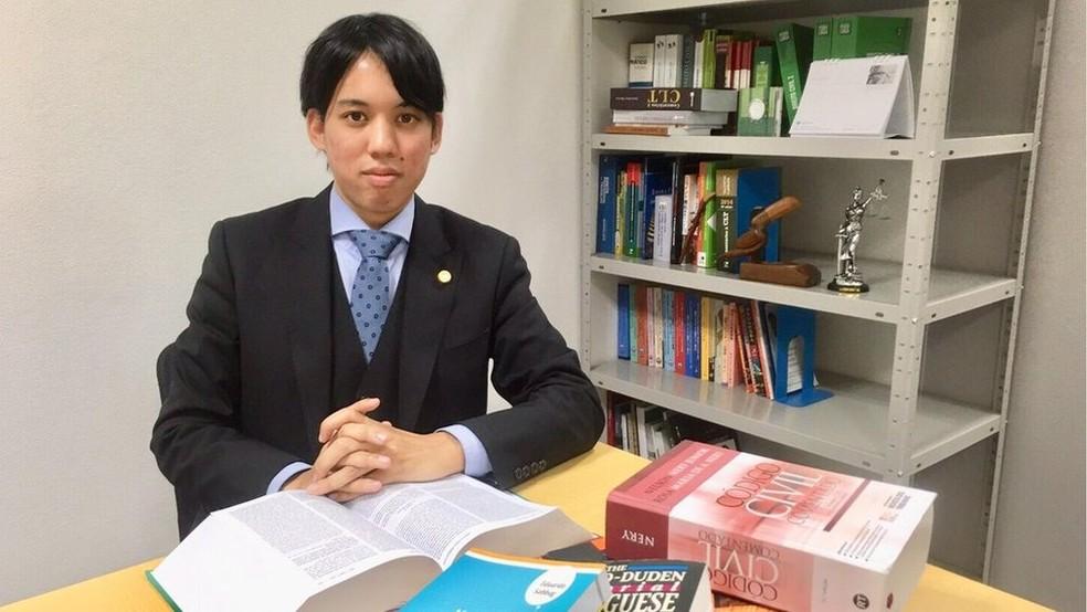 Renan Eiji é o primeiro brasileiro a obter uma licença para advogar no Japão — Foto: Acervo pessoal