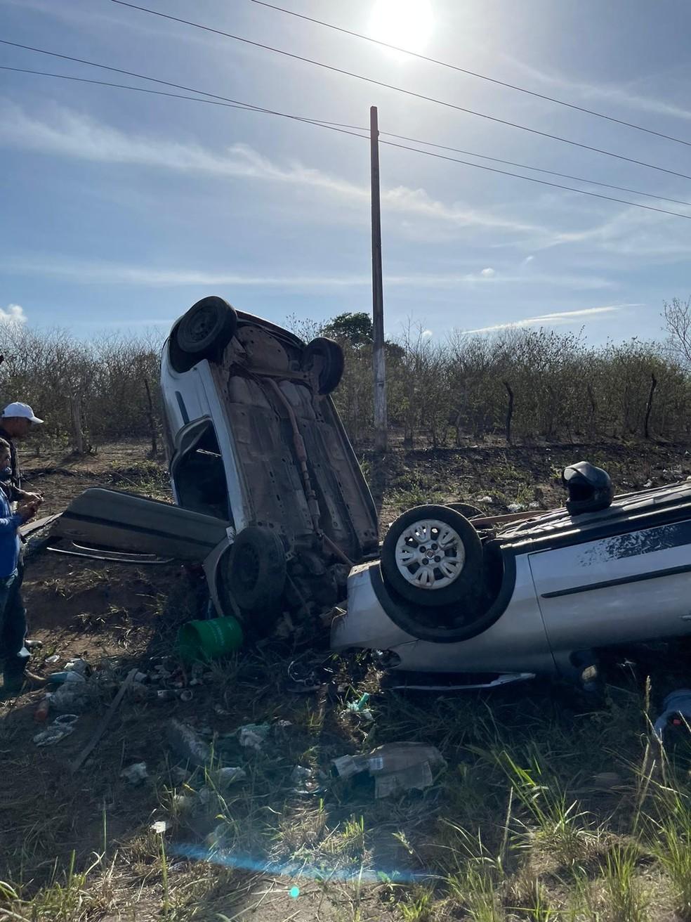 Acidente envolvendo 2 veículos na RN-120, na manhã desta quinta-feira (18), deixa 6 feridos — Foto: redes sociais