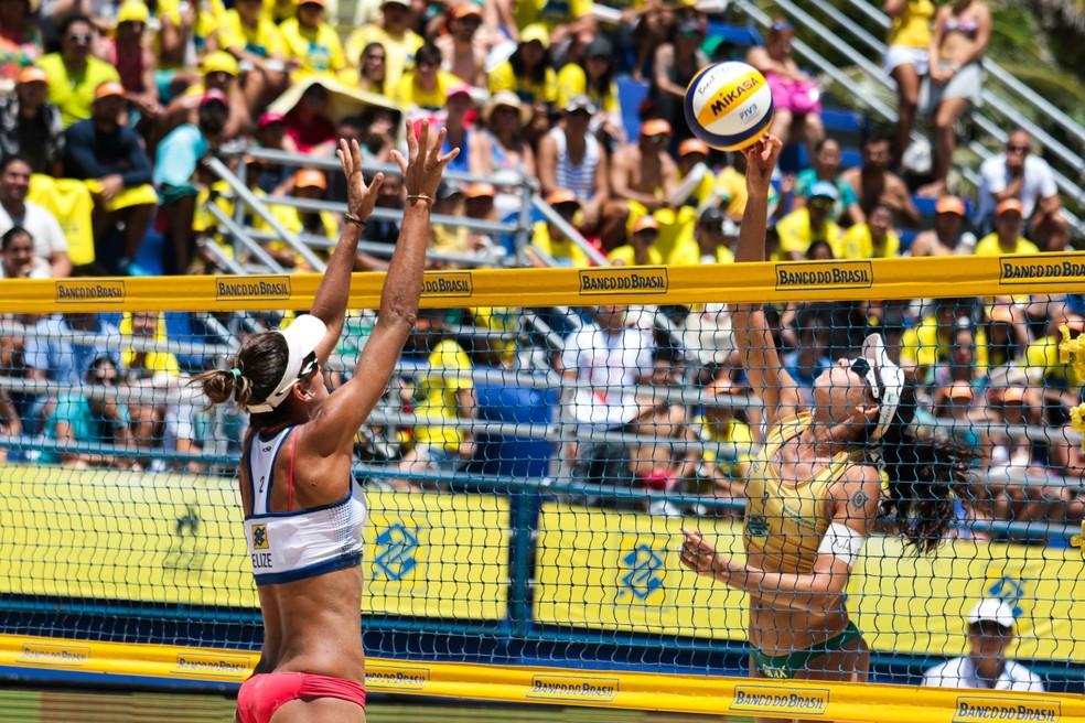 Talita campeãs etapa fortaleza vôlei de praia brasileiro — Foto: Matheus Vidal/CBV