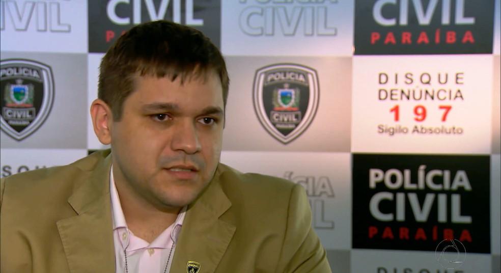 O delegado Lucas Sá comanda as investigações sobre a corrupção no futebol paraibano (Foto: Reprodução / TV Cabo Branco)