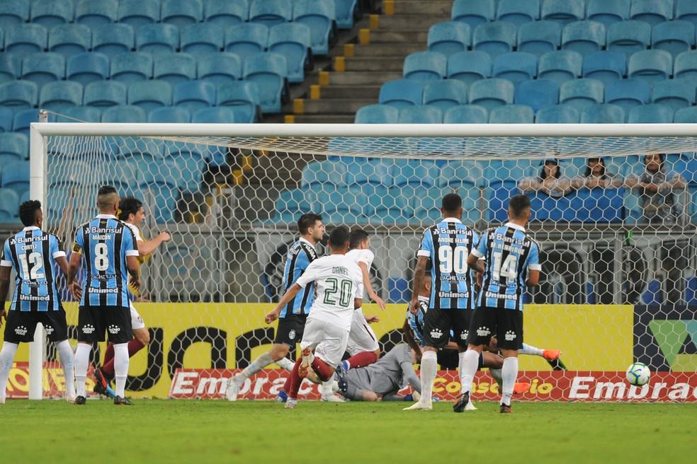 Grêmio em derrota para o Fluminense, na Arena — Foto: Wesley Santos/Press Digital
