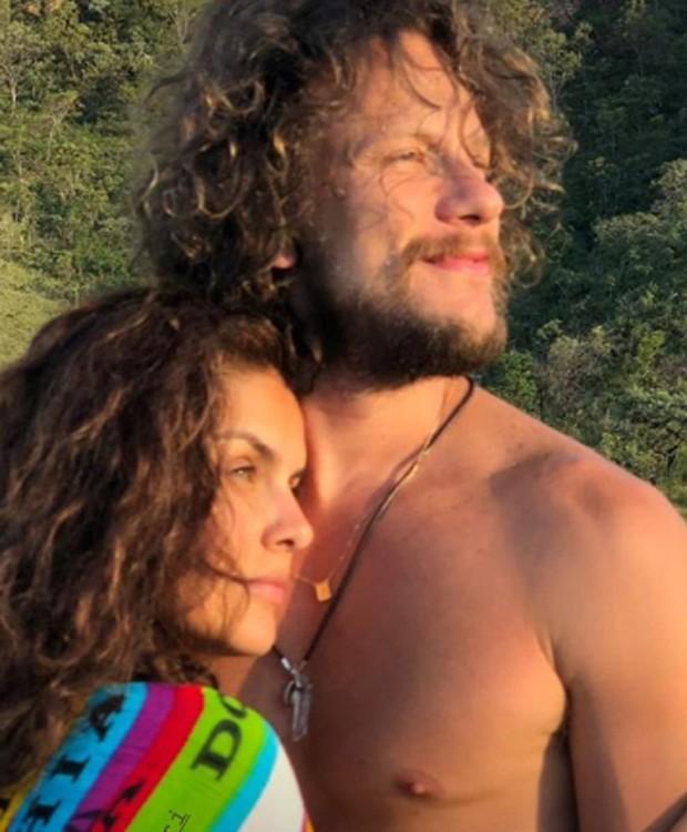 Paloma Bernardi e Dudu Pelizzari (Foto: Reprodução/Instagram)