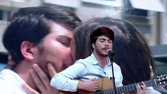 Thales Cavalcanti canta no 'Encontro' música que fez para 'Malhação'