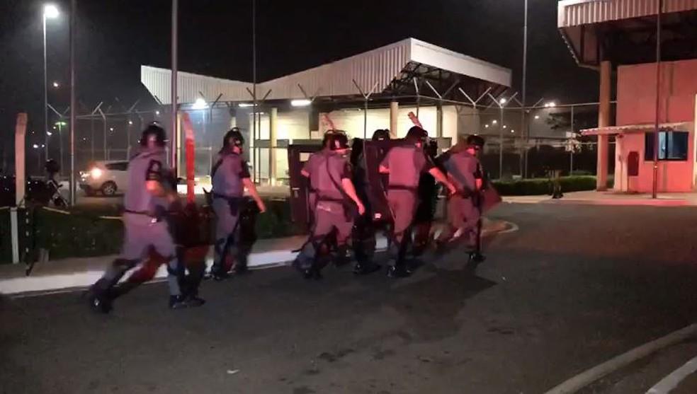 Em 16 de março, PMs interviram em rebelião na Penitenciária de Porto Feliz — Foto: Mayara Corrêa/TV TEM