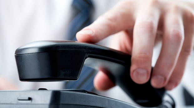 telefone_chamada_dique_denuncia_linha (Foto: Shutterstock)