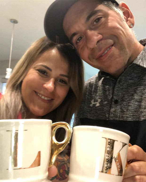 Leandro e Karina Hassum (Foto: Reprodução/Instagram)