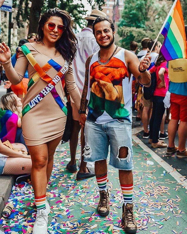Andressa e Thammy na parada LGBT de Nova York (Foto: Reprodução/Instagram)