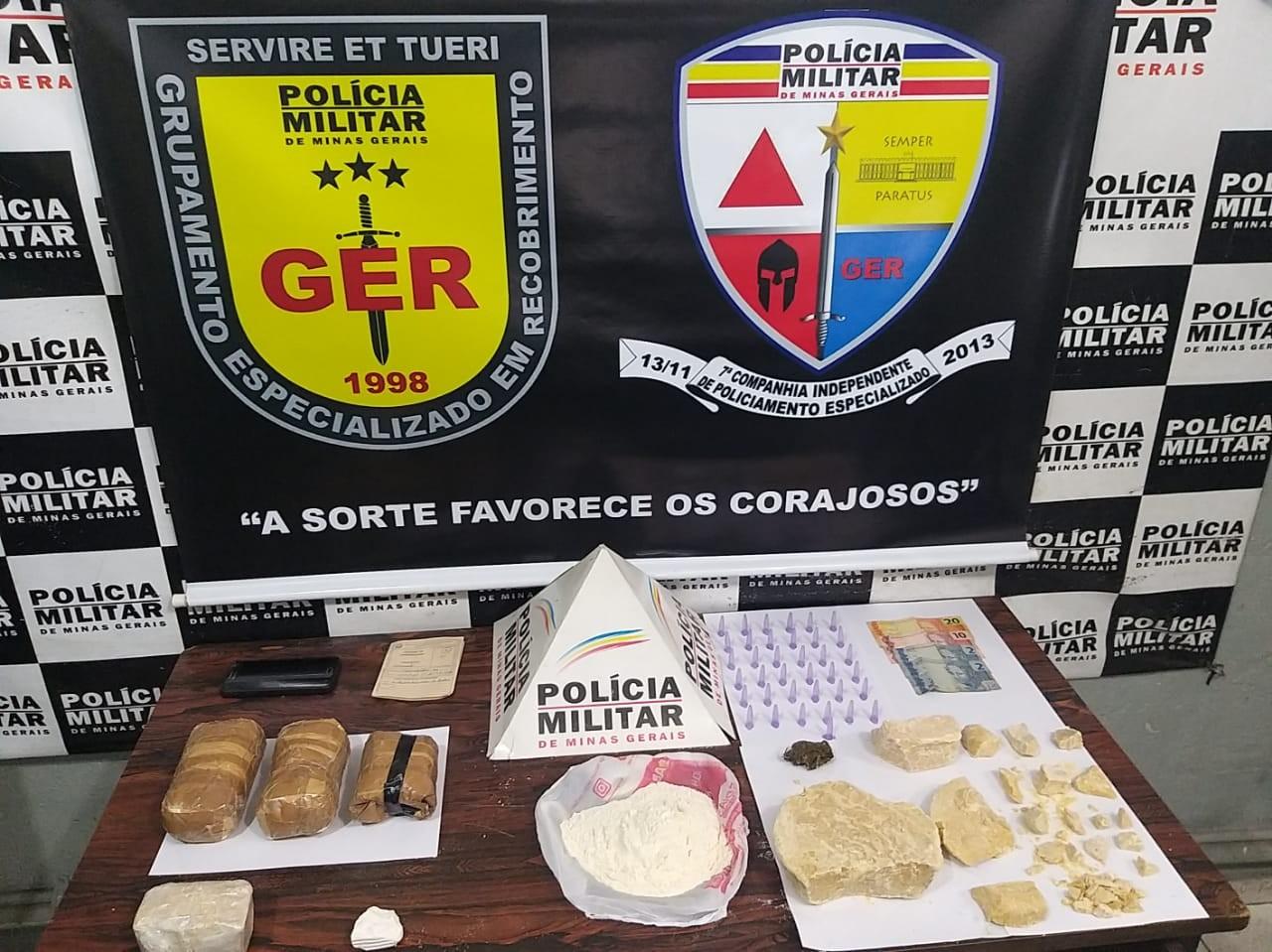 Homem é preso com cocaína, crack e maconha em Divinópolis - Notícias - Plantão Diário