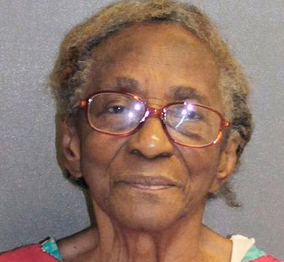 Hattie Reynolds, de 95 anos, em foto divulgada pelo gabinete do xerife do condado de Volusia, em 5 de maio (Foto: Volusia County Sherriff's via AP)