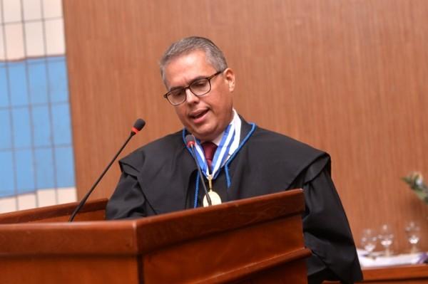 CGU suspeita que construtora pagou R$ 360 mil de propina para ex-presidente do TCE por obra de anexo