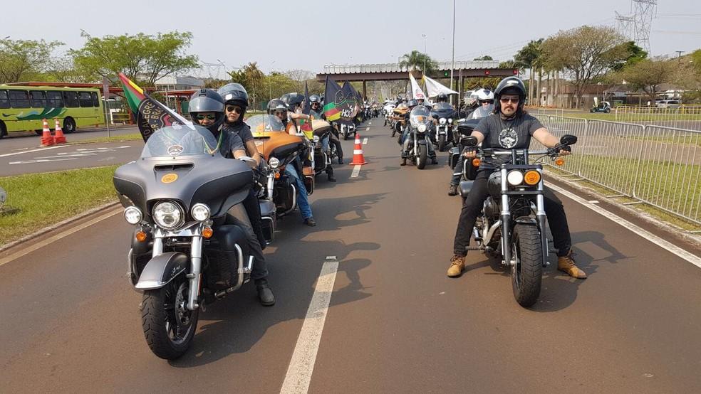 Motociclistas de todo o país estão reunidos em Foz do Iguaçu (PR) desde quinta-feira (7) (Foto: Adenésio Zanella/Itaipu Binacional)