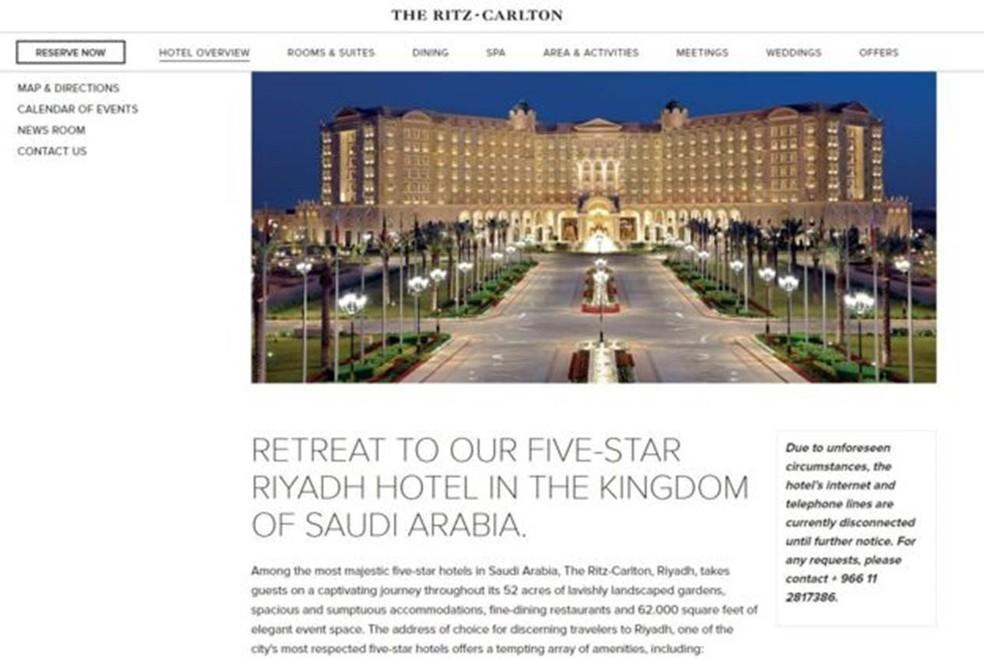 A página do hotel afirma que