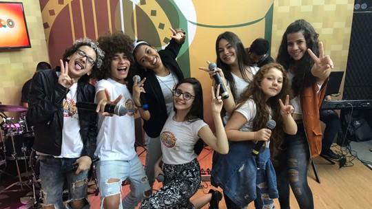 Ex-The Voices Kids agitam 'Paneiro' e revelam encanto por Manaus