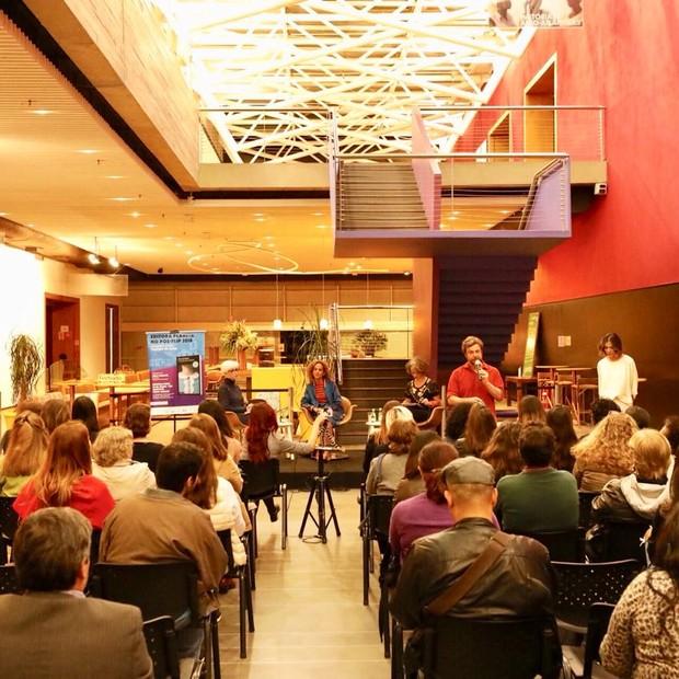 O debate foi promovido por Marie Claire e editora Planeta no Instituto Tomie Ohtake, em São Paulo  (Foto: Mariana Pekin)