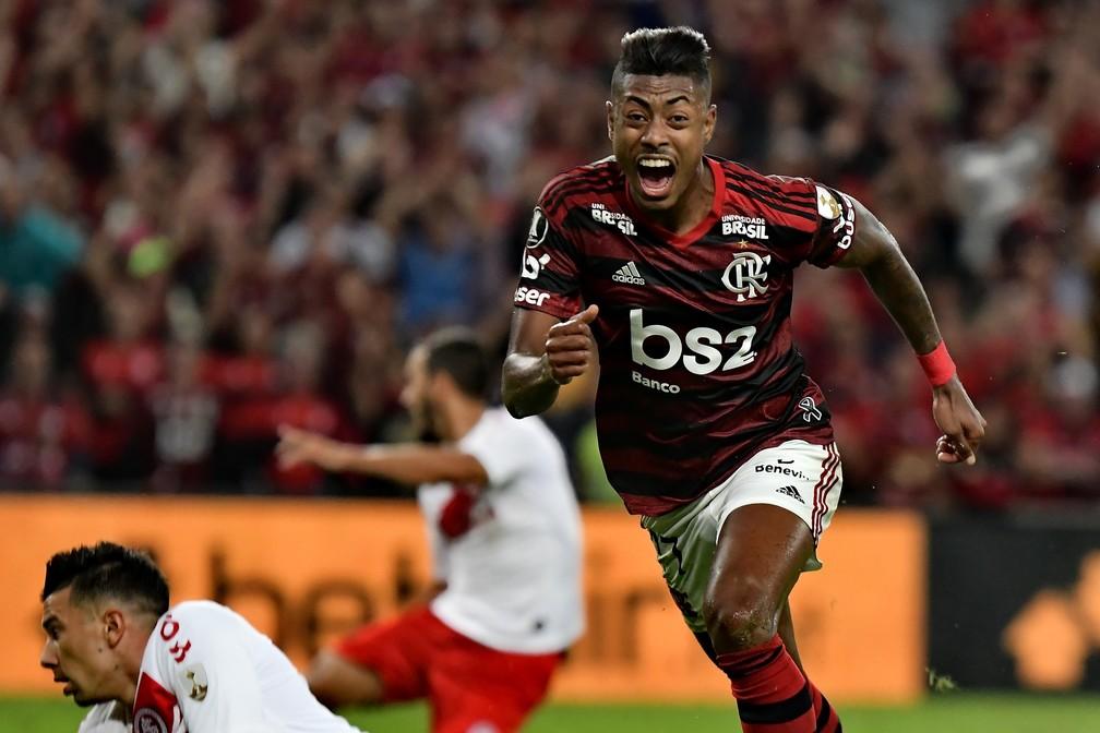 Bruno Henrique tirou uma invencibilidade de 595 minutos da zaga titular do Inter — Foto: MARCELLO DIAS/ELEVEN/ESTADÃO CONTEÚDO