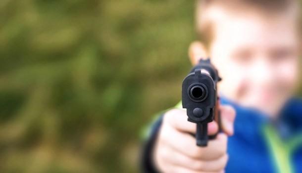 Armas e Infância