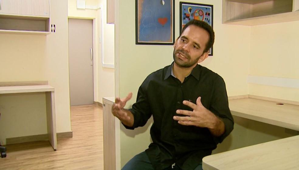 Rafael Santos, professor de pós-graduação em saúde mental da Faculdade de Medicina de Ribeirão Preto — Foto: Reprodução/EPTV