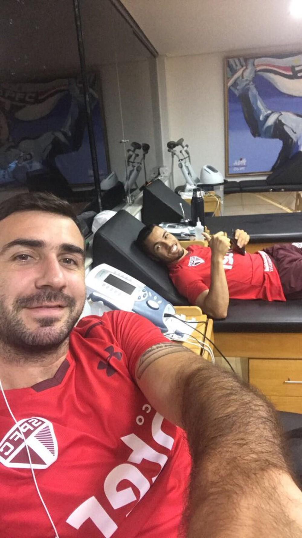 Pratto inicia tratamento no CT do São Paulo