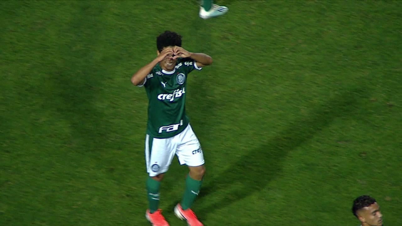 Gol do Palmeiras! Gabriel Silva recebe belo passe e amplia, aos 7 do 1º tempo