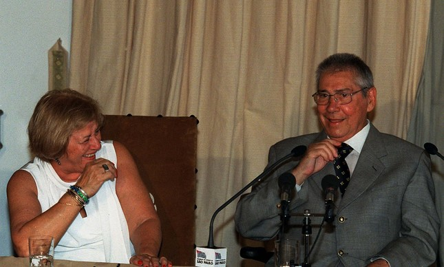 Mario Covas ao lado de sua mulher, Dona Lila