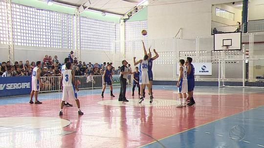 Garotada do basquete dos Jogos Escolares está de olho nas finais da NBA