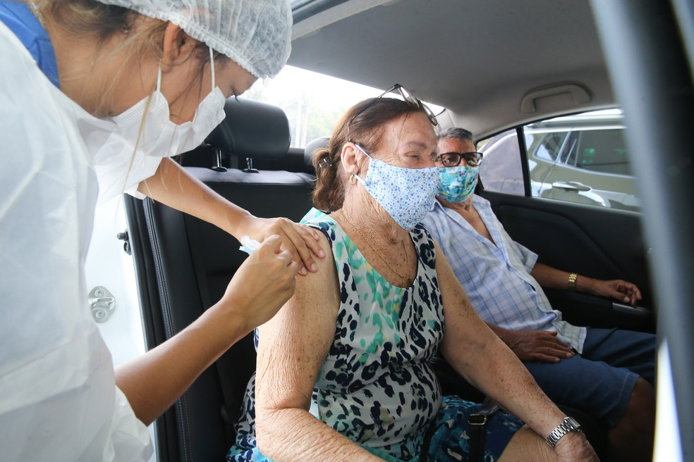 Fortaleza aplicou 150.150 doses de vacinas contra a Covid-19 em pessoas do  grupo prioritário | Ceará | G1