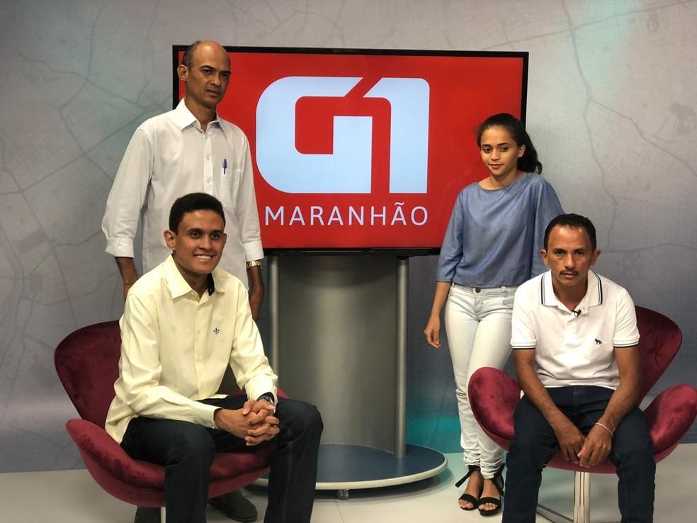 Manoel Gomes acompanhado pela família em visita ao Grupo Mirante — Foto: Zeca Soares / G1 Maranhão