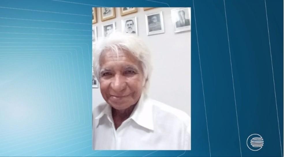 Herculano Moraes, jornalista e escritor piauiense, morreu aos 73 anos (Foto: Reprodução/TV Clube)