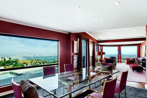 RuPaul, do reality Drag's Race, vende mansão pelo dobro do preço que comprou (Foto: Reprodução)