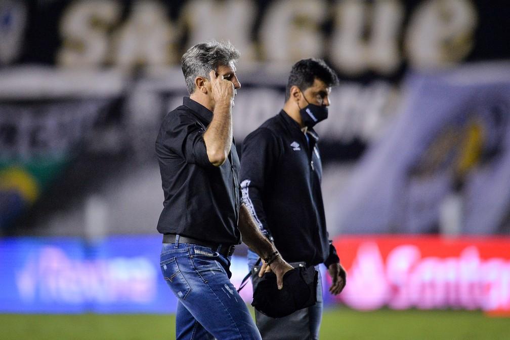 Renato não conseguiu fazer o Grêmio competitivo contra o Santos — Foto: Staff Images/Conmebol