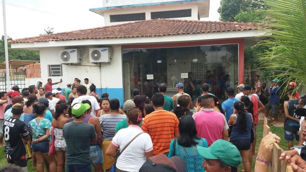 Confusão em delegacia de Caapiranga, no AM (Foto: Divulgação)
