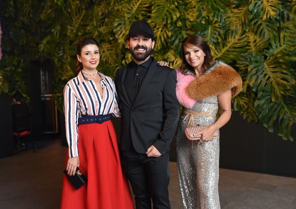 Paula Fernandes, Edu Amarante e Paola Martins (Foto: Lu Prezia)