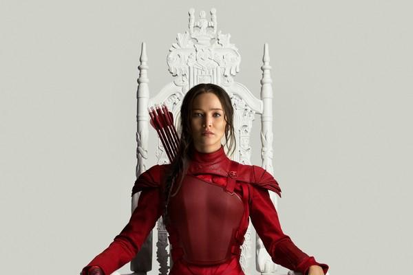 Jennifer Lawrence como Katniss Everdeen em pôster do filme 'Jogos Vorazes: A Esperança - O Final' (Foto: Divulgação)