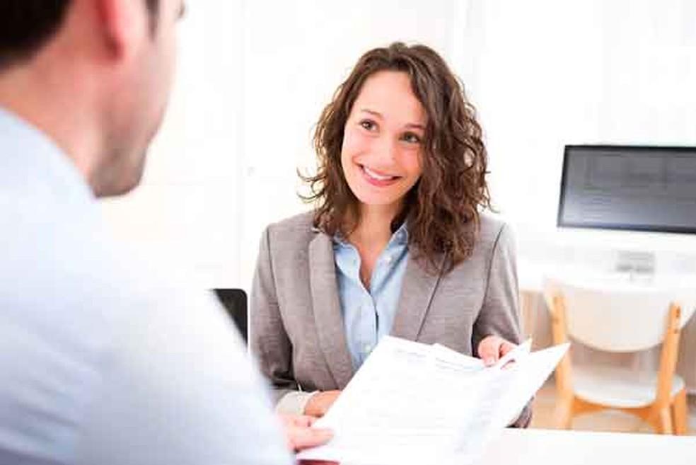 O aluno que conseguiu fazer estágios durante a graduação sai na frente na hora de conquistar o primeiro emprego depois de formado (Foto: Shutterstock )