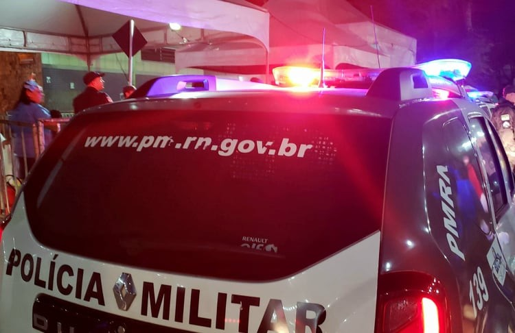 Filha mata mãe com golpes de faca e marreta na Zona Oeste de Natal