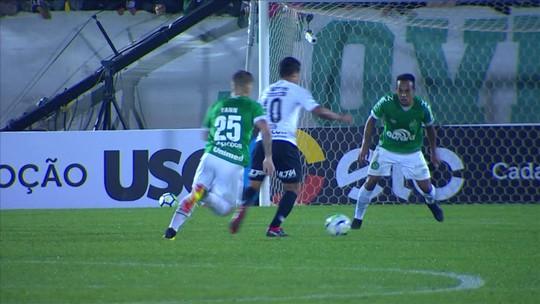 """Guto lamenta queda """"doída"""" na Copa do Brasil e pede cabeça erguida à Chape"""