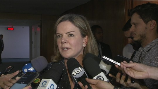 Gleisi depõe ao STF, nega acusações e se diz 'vítima de perseguição política'