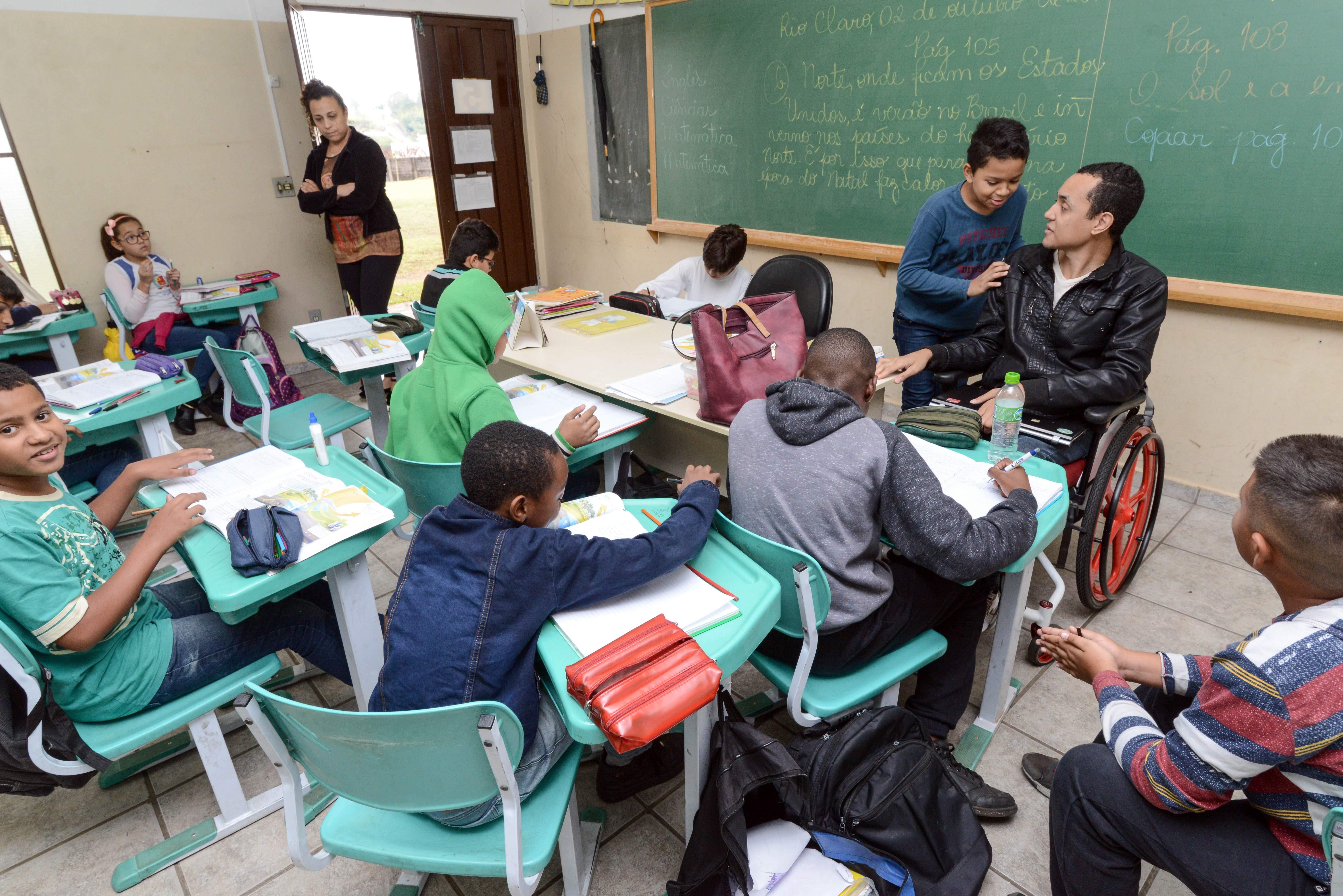 Prefeitura de Rio Claro abre consulta para ouvir população sobre retomada das aulas