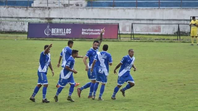 Caio Mancha comemora gol sobre o Nacional