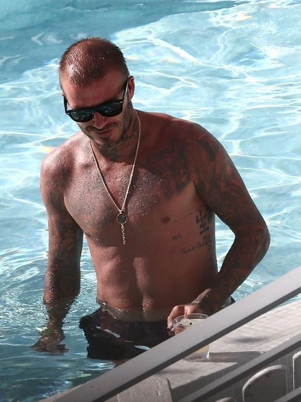 David Beckham exibe corpo sarado em Miami (Foto: Backgrid)