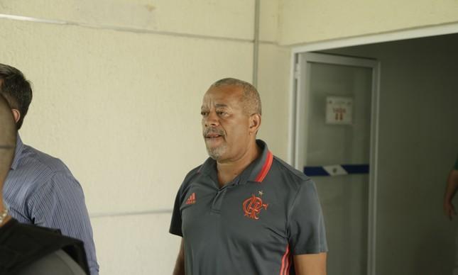 Claudio tavares, funcionário do Flamengo, foi um dos beneficiados com a decisão do juiz