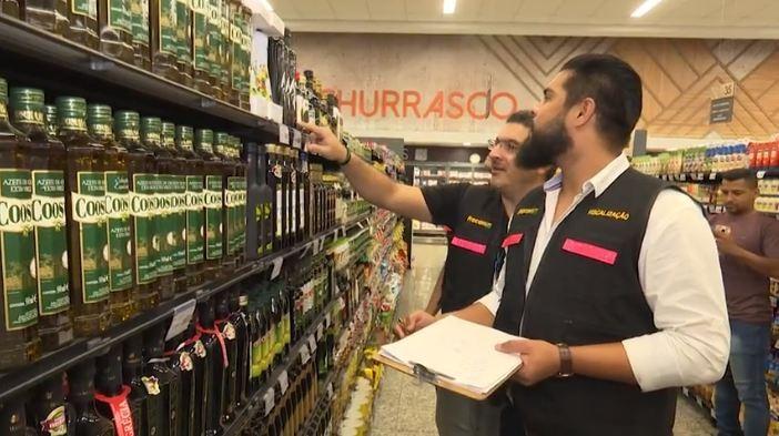 Operação Óleo Viciado investiga venda de azeite adulterado em supermercados de Rio Branco - Notícias - Plantão Diário