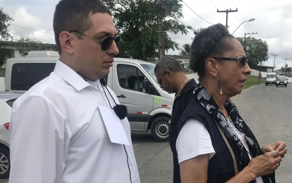 Presidente da CIDH, Margarette Macaulay disse não entender a restrição aos jornalistas que iriam cobrir as discussões do grupo com os moradores. — Foto: Itana Alencar/G1 BA
