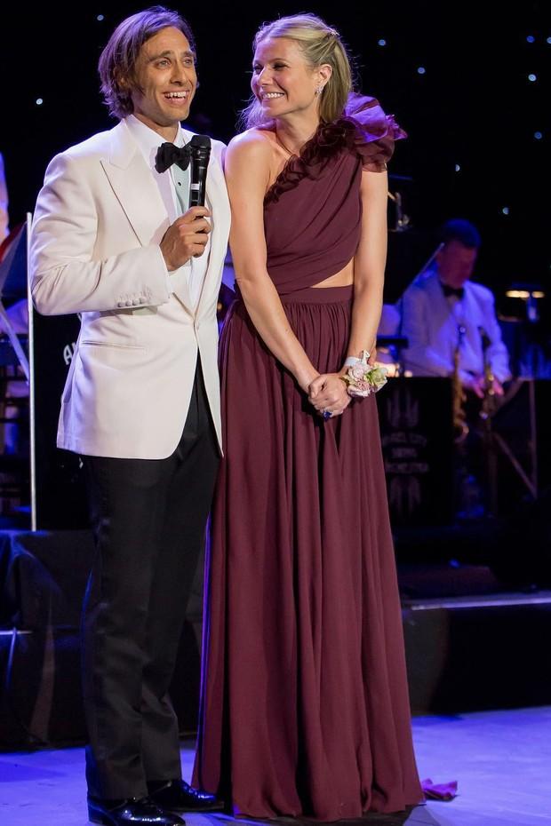 """Casou? Gwyneth Paltrow levanta suspeitas com clique em """"celebração do amor"""" (Foto: Reprodução/Instagram)"""