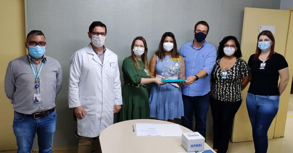 Equipamentos foram entregues ao Hospital Geral  — Foto: Eduardo Cardoso/Fiemt
