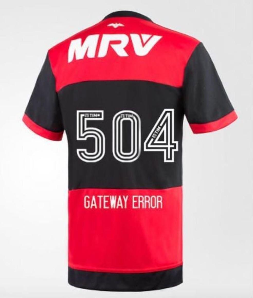 Torcedores ironizam um dos erros apresentados pelo site do Flamengo (Foto: Reprodução)