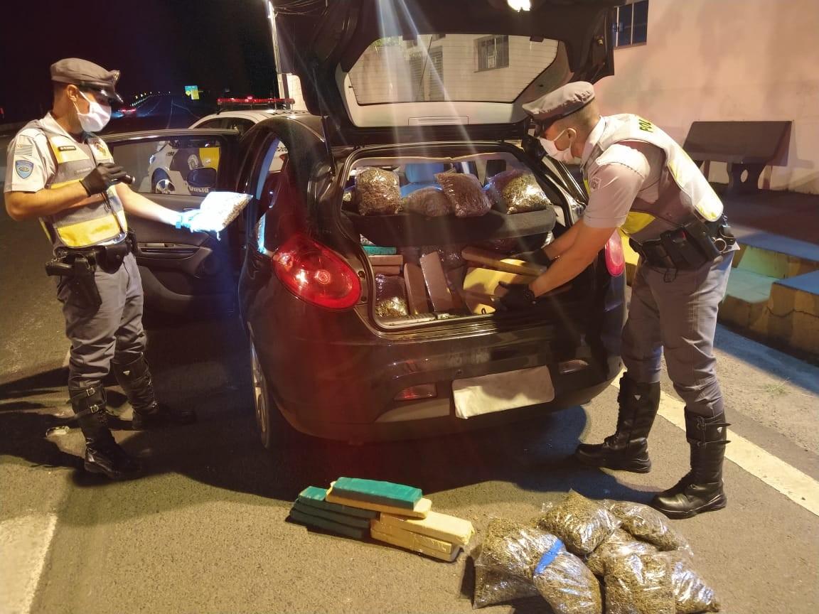 Polícia Rodoviária apreende mais de 175 kg de drogas na SP-501 em Álvares Machado