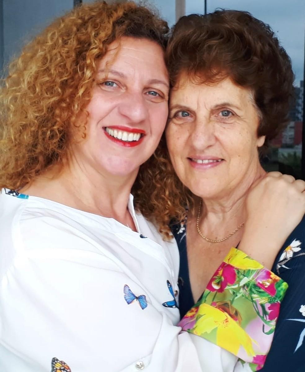 Audmara e a mãe Iolanda  — Foto: Audmara Veronese/ Arquivo pessoal