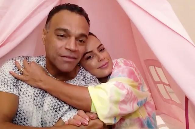 Denílson e Luciele Di Camargo (Foto: Reprodução/ YouTube)